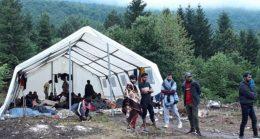 Teška situacija u Vučjaku: Crveni križ traži da se prije zime riješi zbrinjavanje migranata