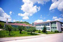 Dvadeset sedam godina srednje škole u Bužimu