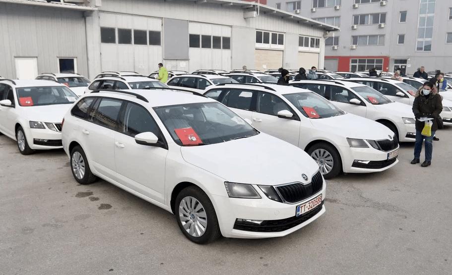 Ratnim vojnim invalidima u Federaciji BiH dodijeljeni novi automobili