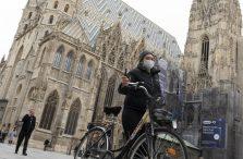 "Austrija želi uvesti ""zelene"" putovnice za covid"