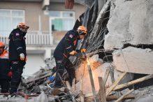 Turska: U Istanbulu se urušila petospratnica, zgrada ranije ispražnjena
